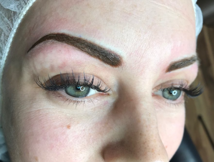 Powder-Eyebrow-Tattoos